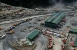 Perawatan dan pemeliharaan kendaraan haul truck untuk kegiatan operasional tambang yang berdaya angkut 135 mt hingga 320 mt, dilakukan di Megashop.